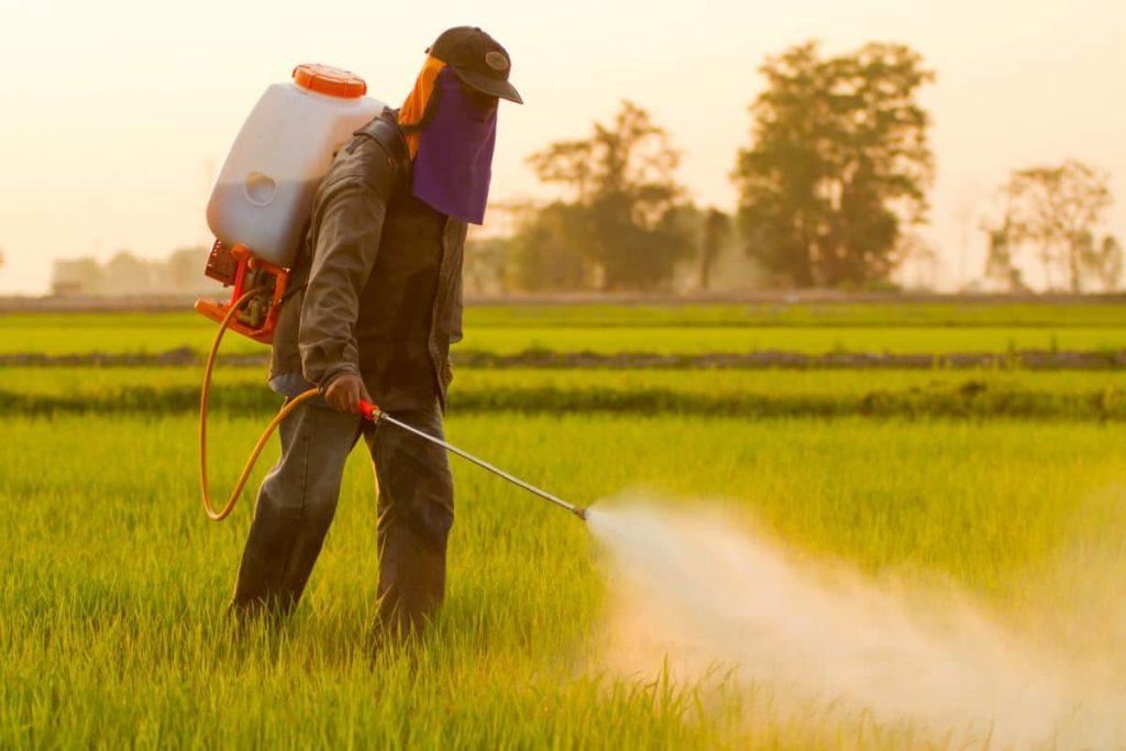 أشهر المبيدات الزراعية